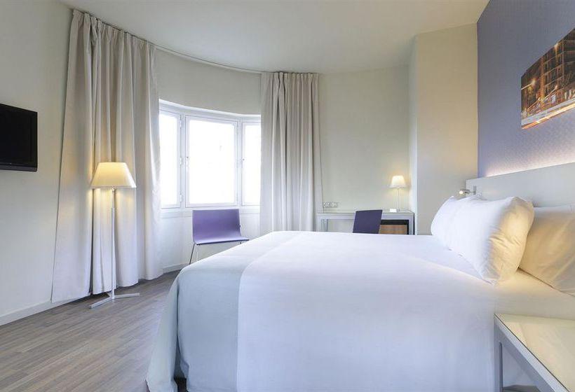 hotel-tryp-madrid-chamber-001.jpg