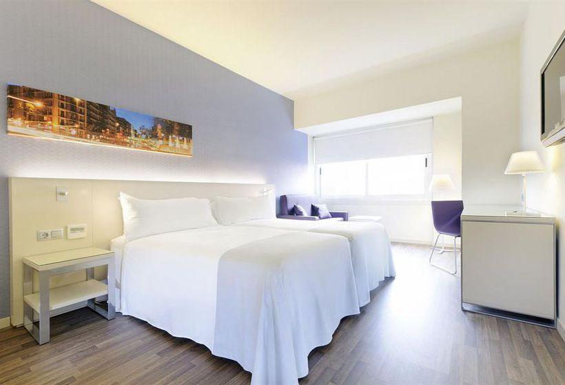 hotel-tryp-madrid-chamber-003.jpg
