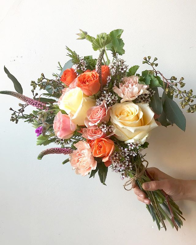 wow!! 🐣🌻🐣 it really feels like the #firstdayofspring in #brooklyn...just kidding. 😩here's a #bunch of #blooms, currently giving us #summervibes... . . . #bohaus #coffee #flowers #florist #florals #flowerstagram #instablooms #picoftheday #bouquet #roses #cremerose #beautifulblooms #flowersofinstagram #flowersmakemehappy #allthingspretty #underthefloralspell #weloveflowers #brooklynflorist #bewild #naturalbeauty #loveyourjob #supportyourlocalgirlgang #smallbusiness #happytuesday #snowstorm