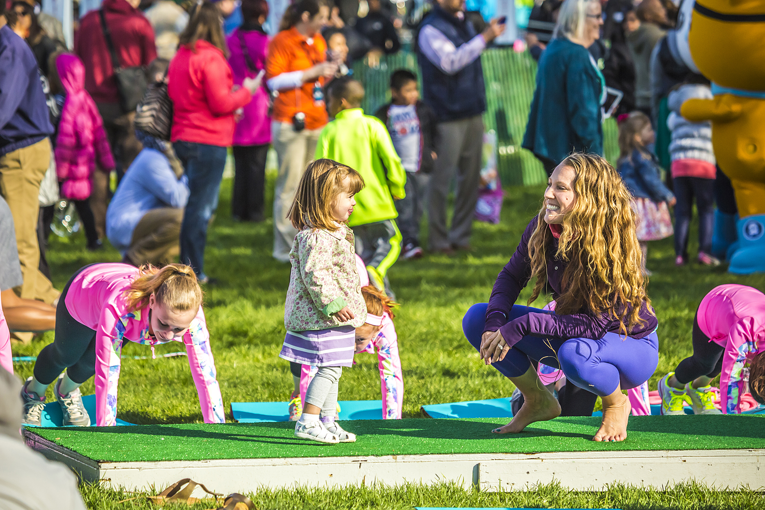 Alison Adams from Homegrown Power Yoga teaching kids in the White House