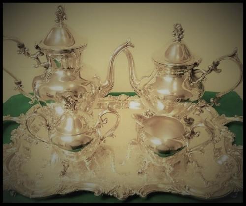 A  Beautiful  20th Century Silver Tea & Coffee Service