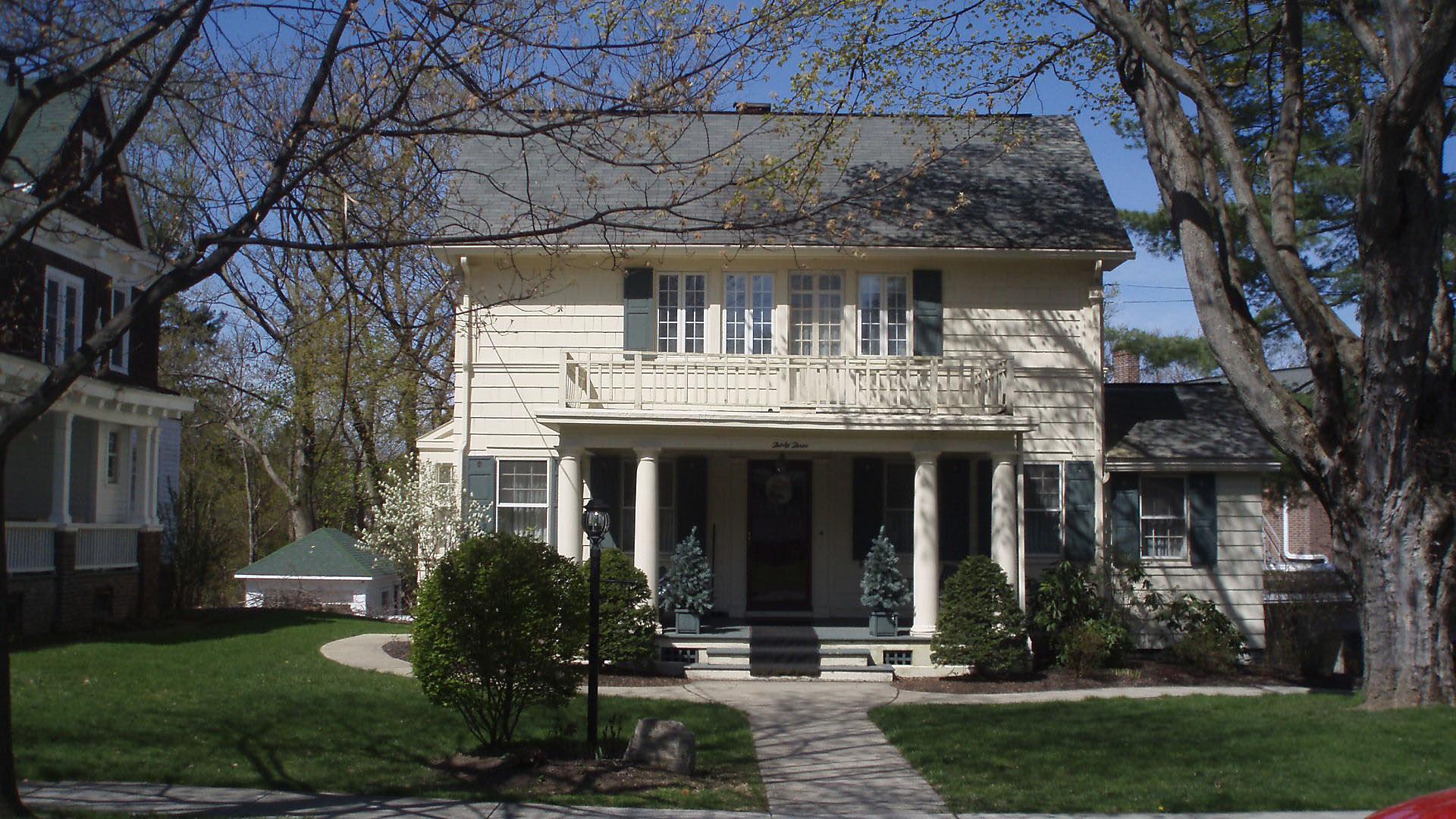 stanton P lee's home on 31 Lakewood.JPG