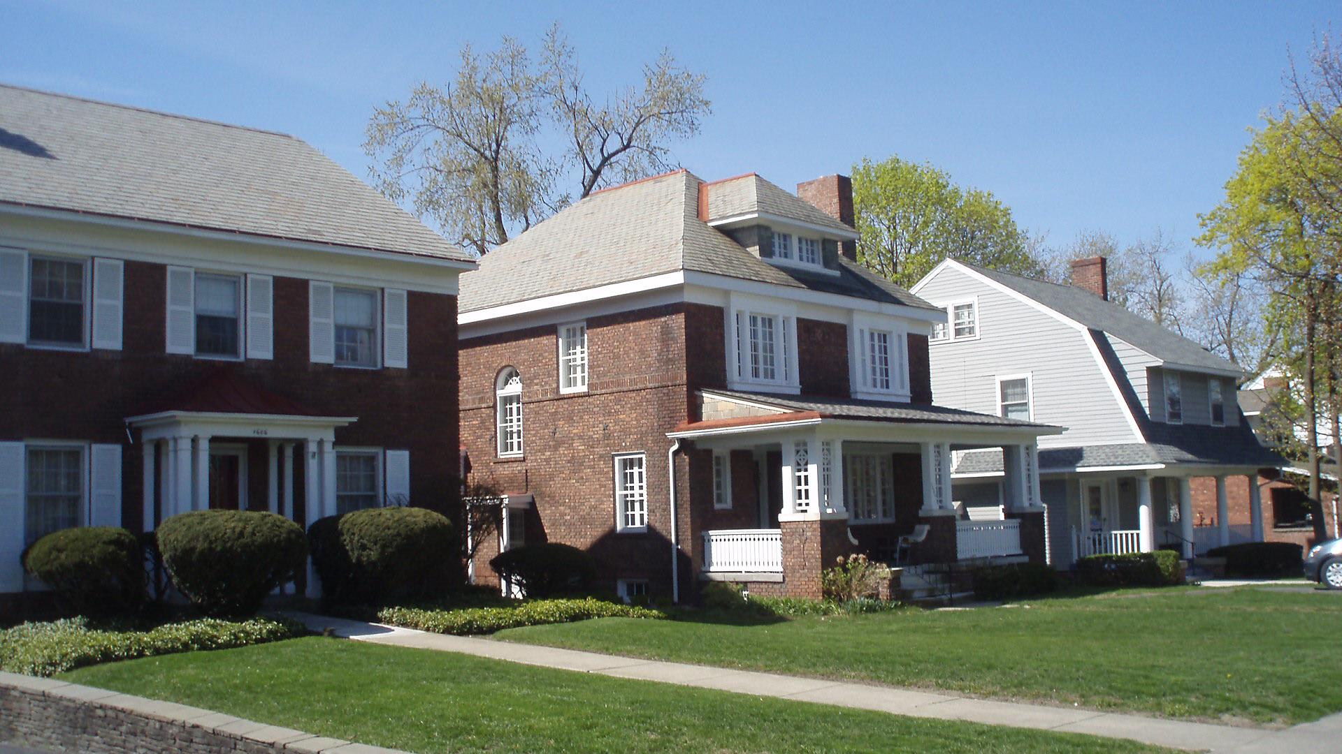 stanton P lee 3 houses on Peoples Ave Street view.JPG