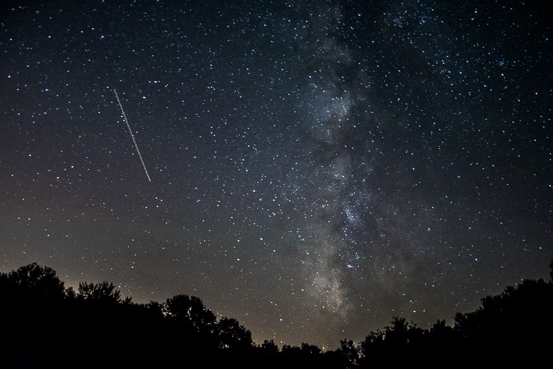 NightSky_MeteorShower.jpg