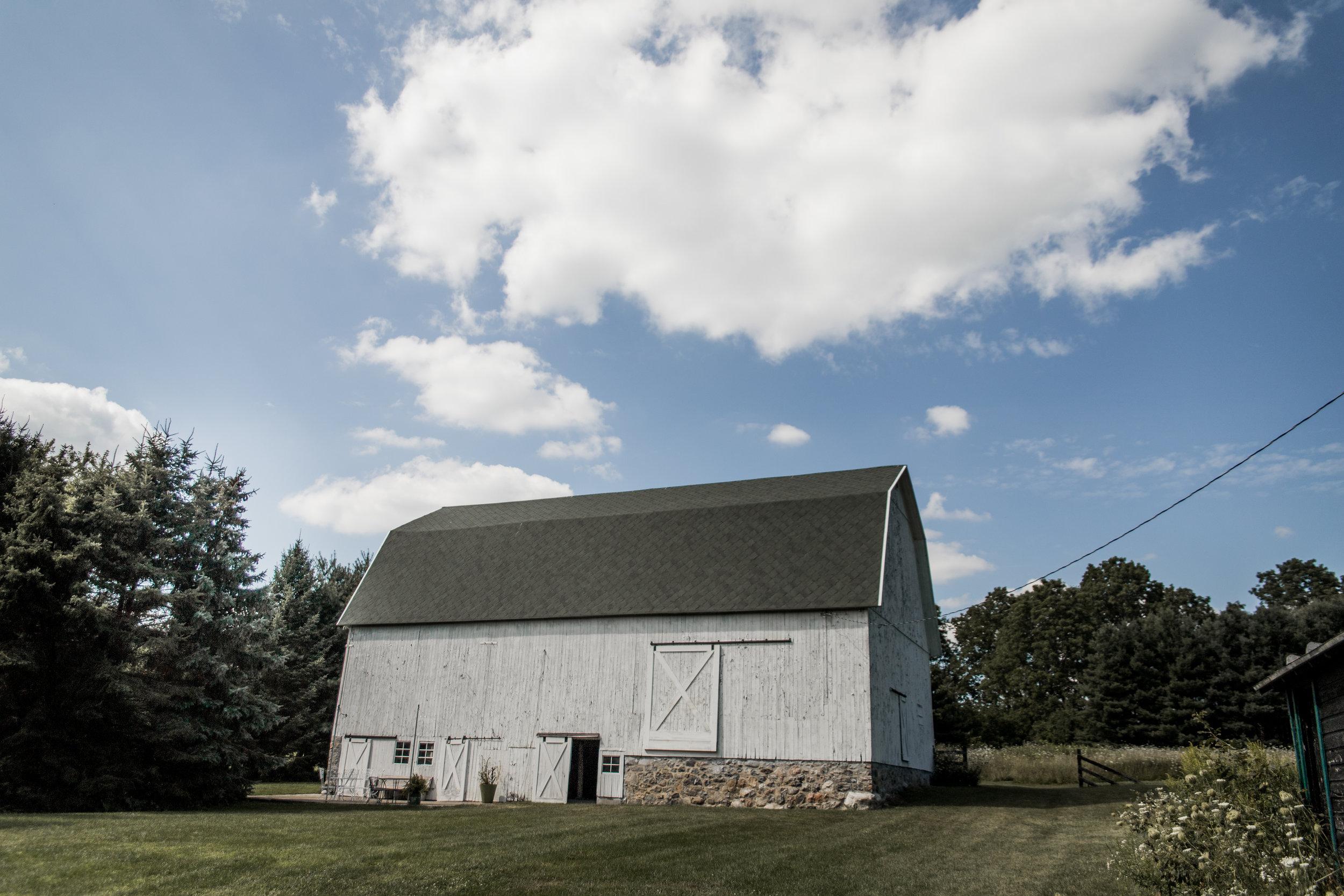 Farmhouse-3.jpg
