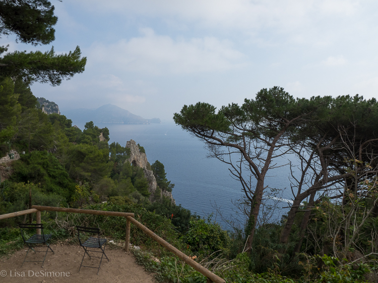 A viewpoint on my walk toward Arco Naturale.