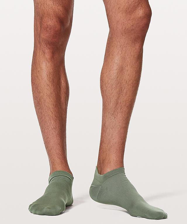 Details - Lululemon Socks