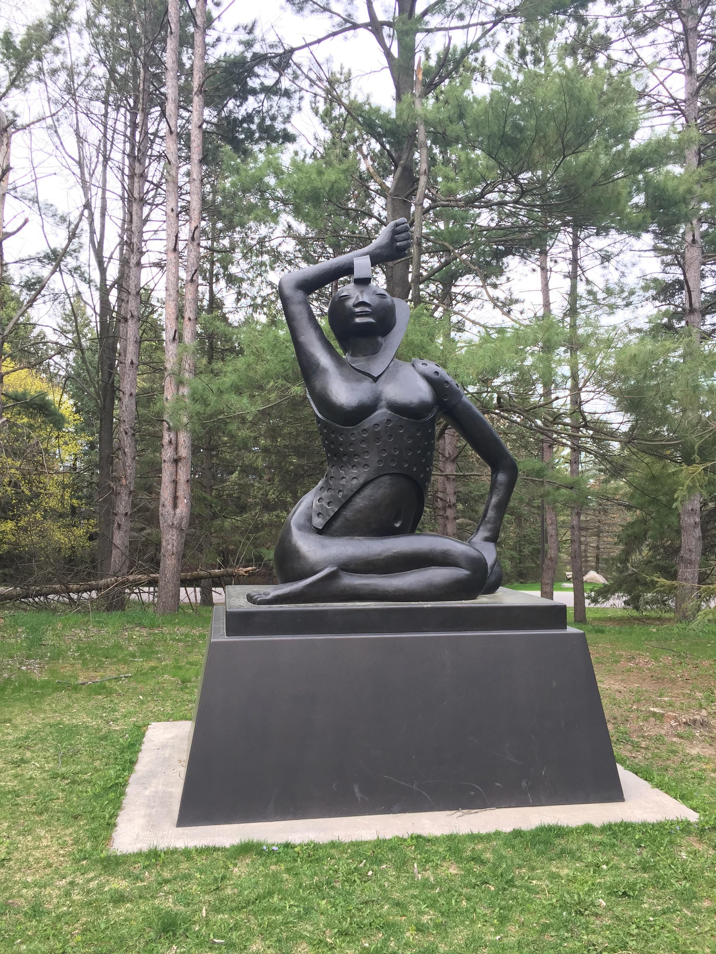 """ Lady Love "", Ivan Eyre, bronze, 2010"