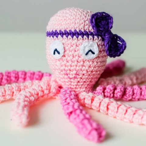Adorable pink octopus from  My Nomad Home