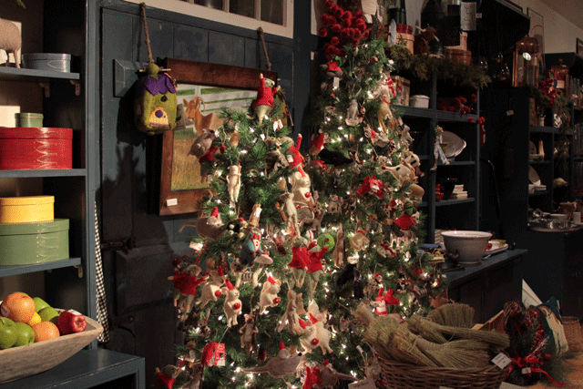holiday shopping at shaker village | Em's on the Road