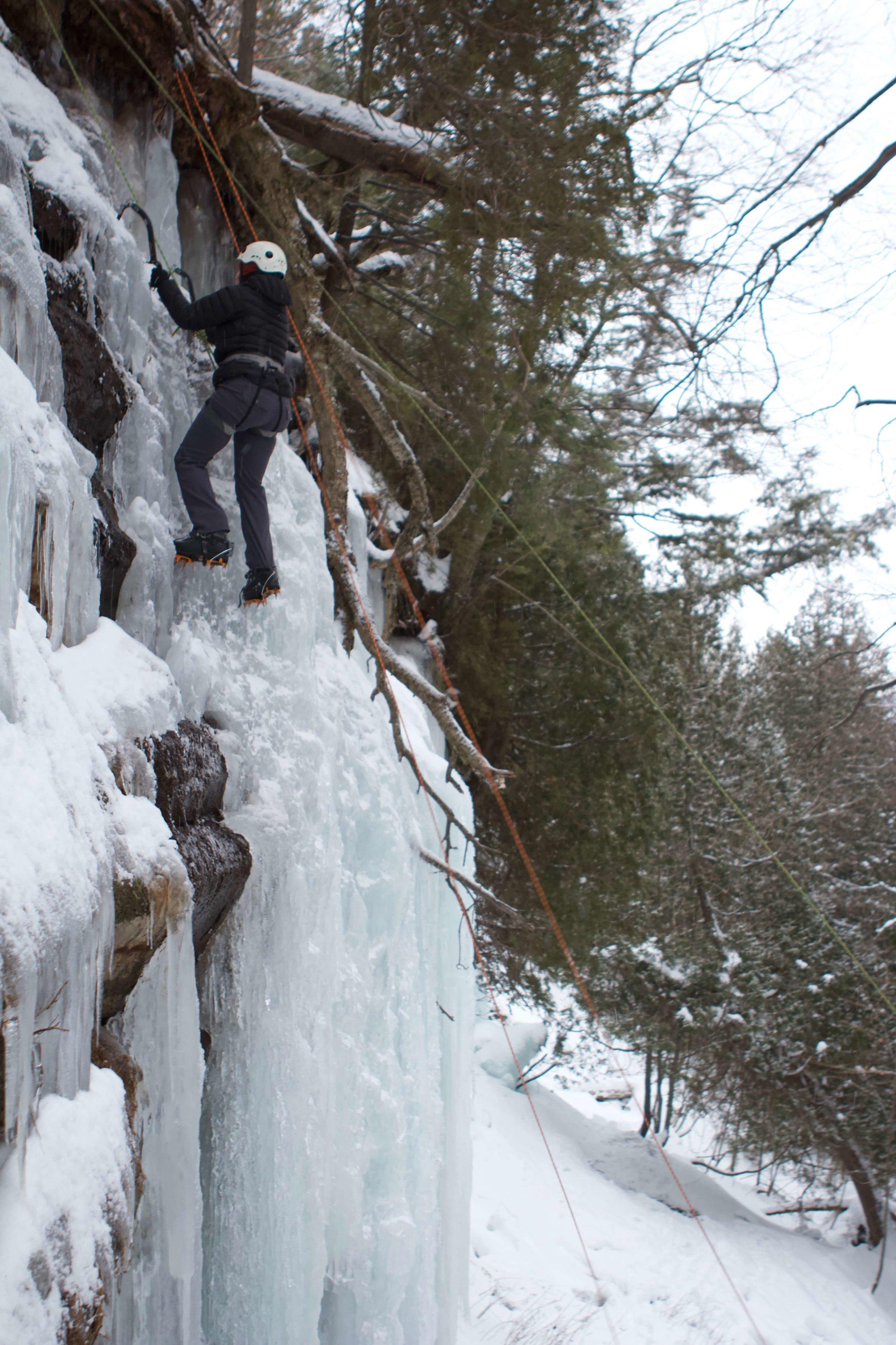 ice-climbing-michigan-emsontheroad.jpg