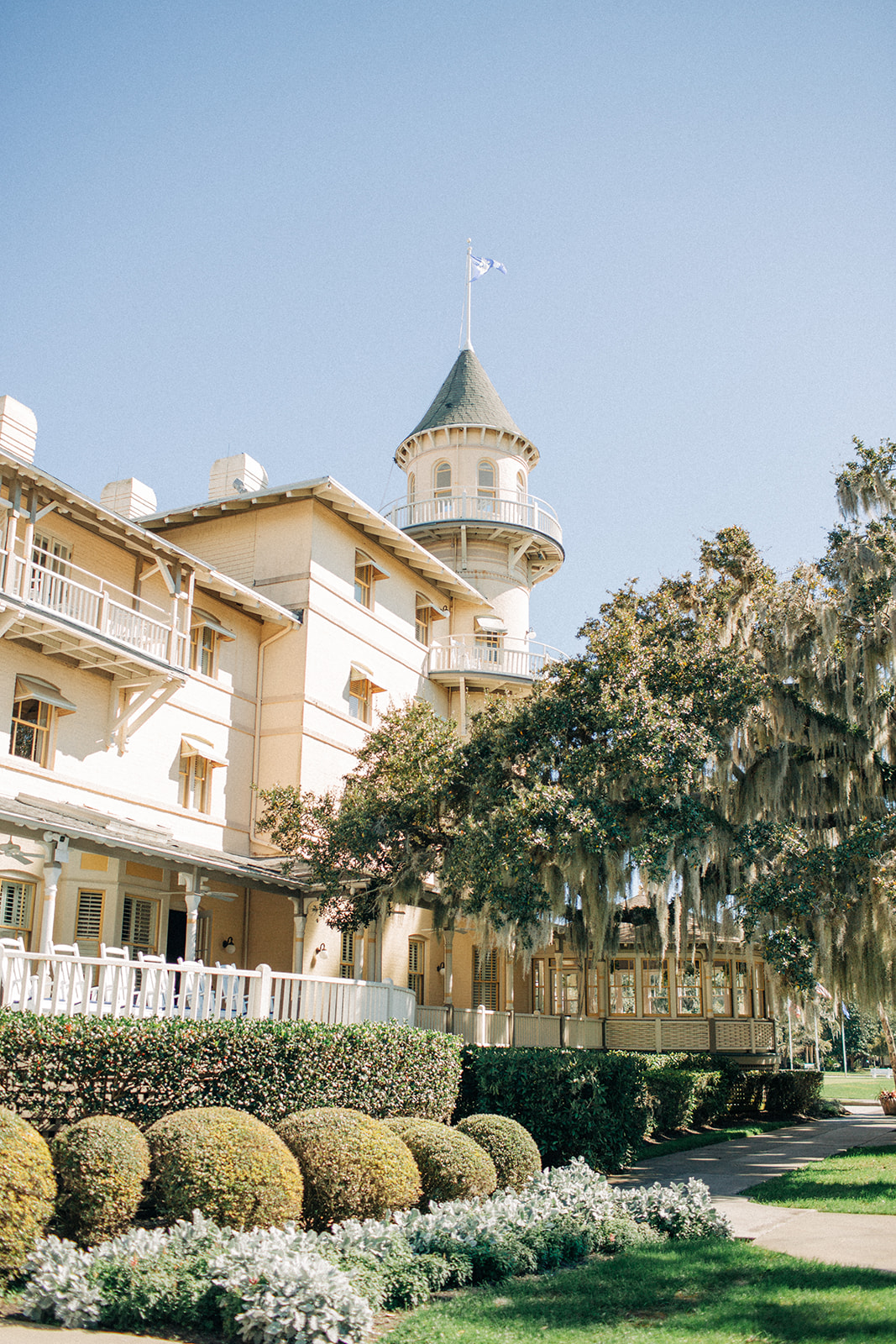 Jekyll Island Club Hotel shot by Caitlin Lee