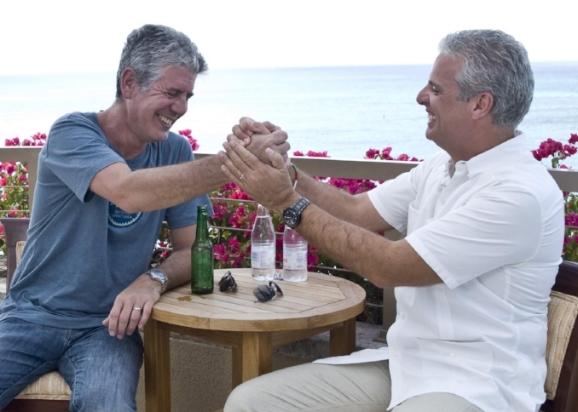 Süß, die beiden: Anthony Bourdain und Eric Ripert, ganz ohne Futterneid