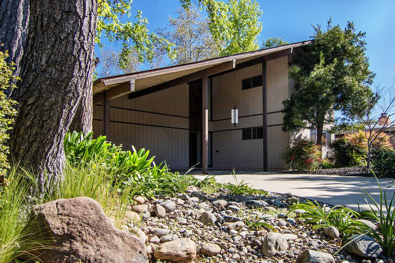 Two-Story - Evergreen Commons, Sacramento