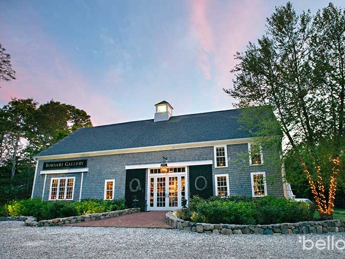 Borsari Gallery offers a romantic and unique backdrop to your celebration. Step inside to the rustic interior of a quintessential New England barn, with wood-planked walls complimented by artwork depicting the beautiful scenes of the New England coastline.