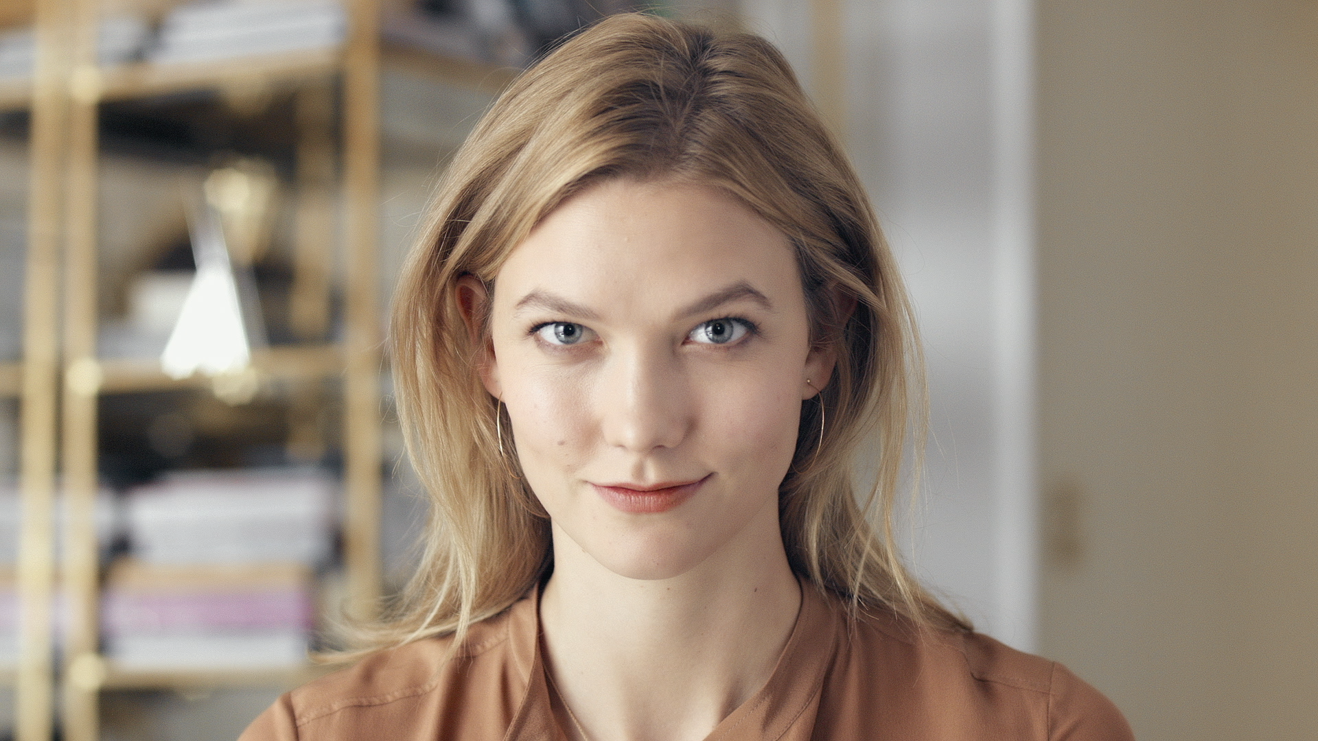 Karlie Kloss: Welcome to My World
