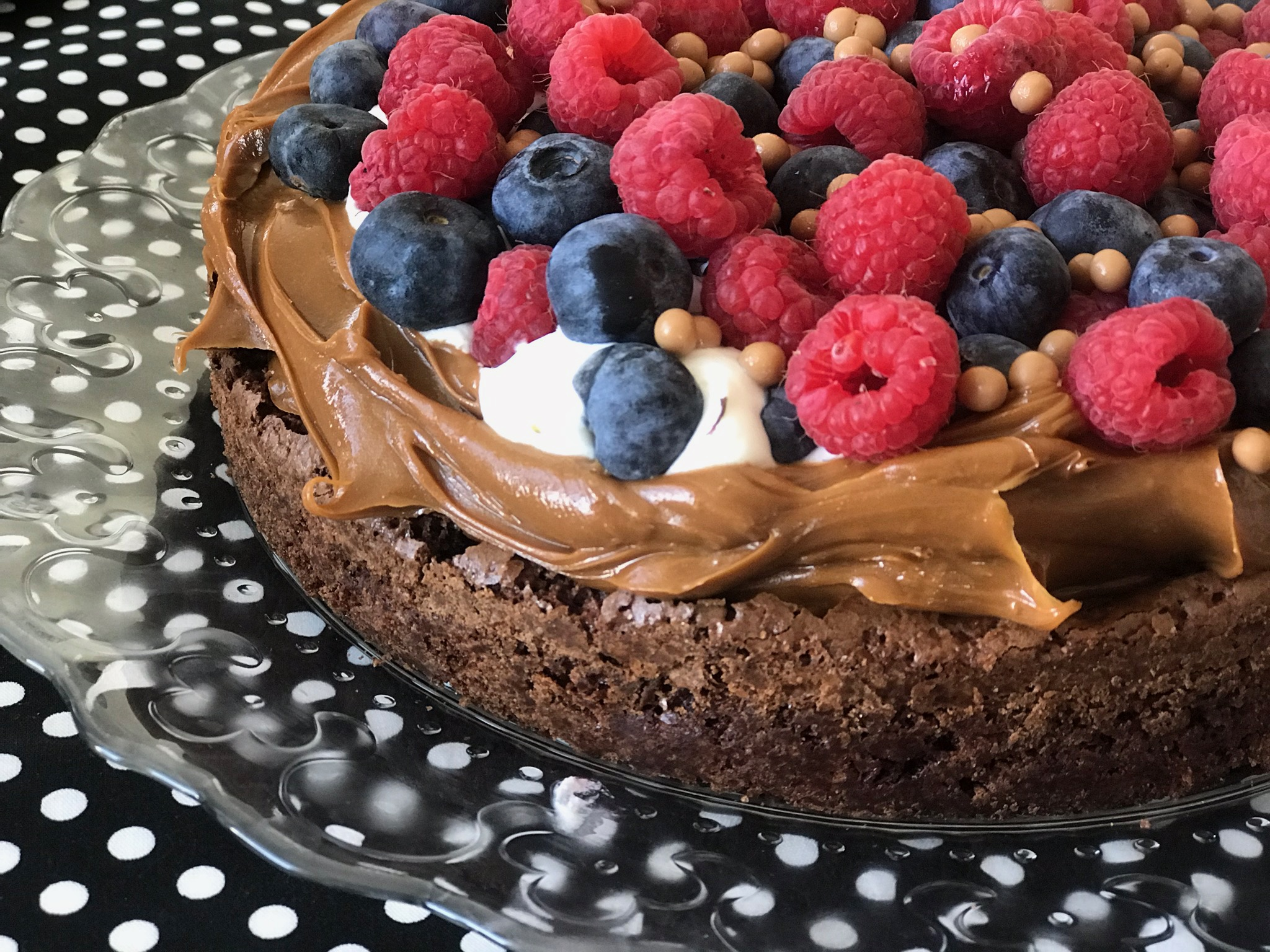 flourless chocolate LaRomiBakery.jpg