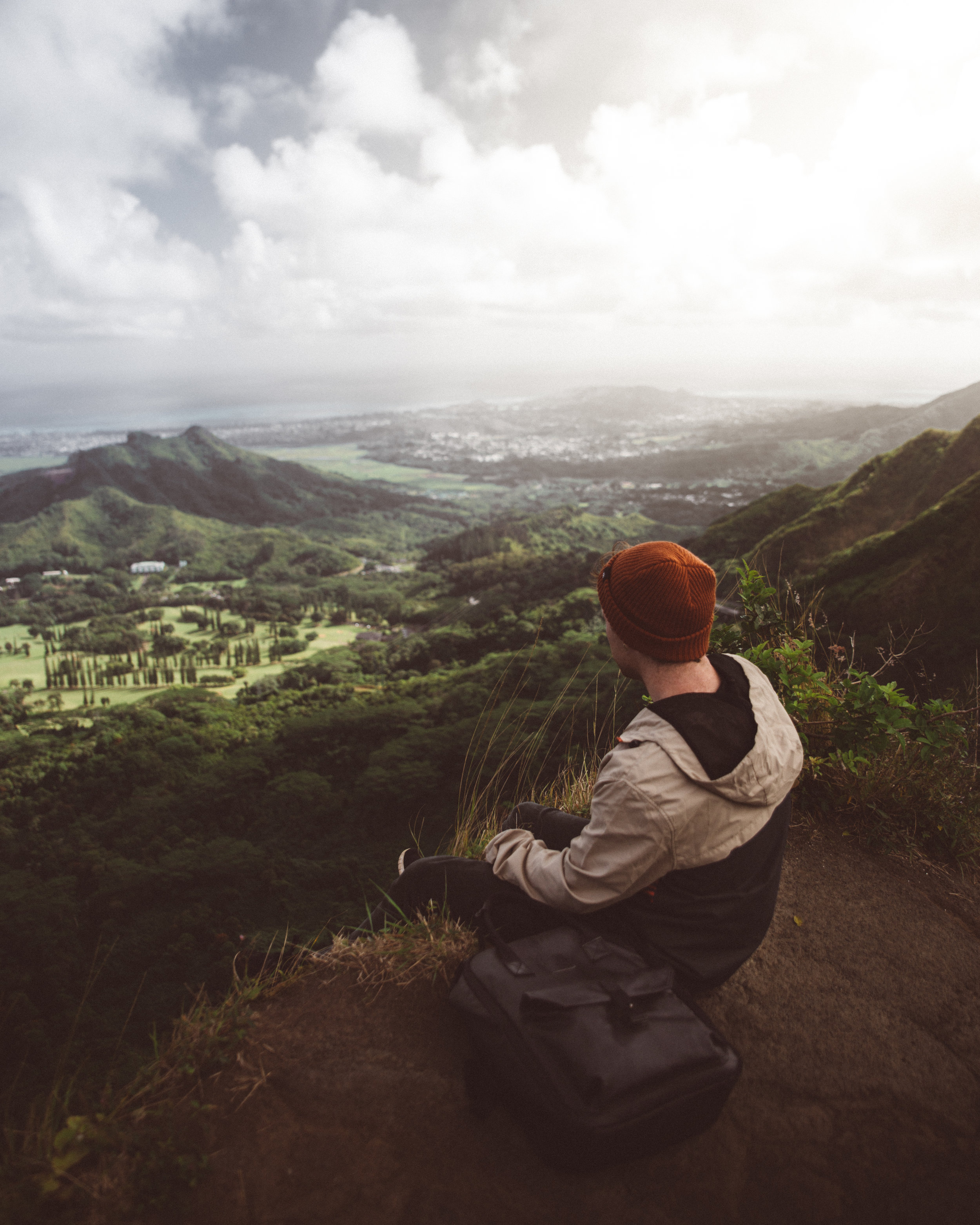 Oahu Hike Backpack Detail