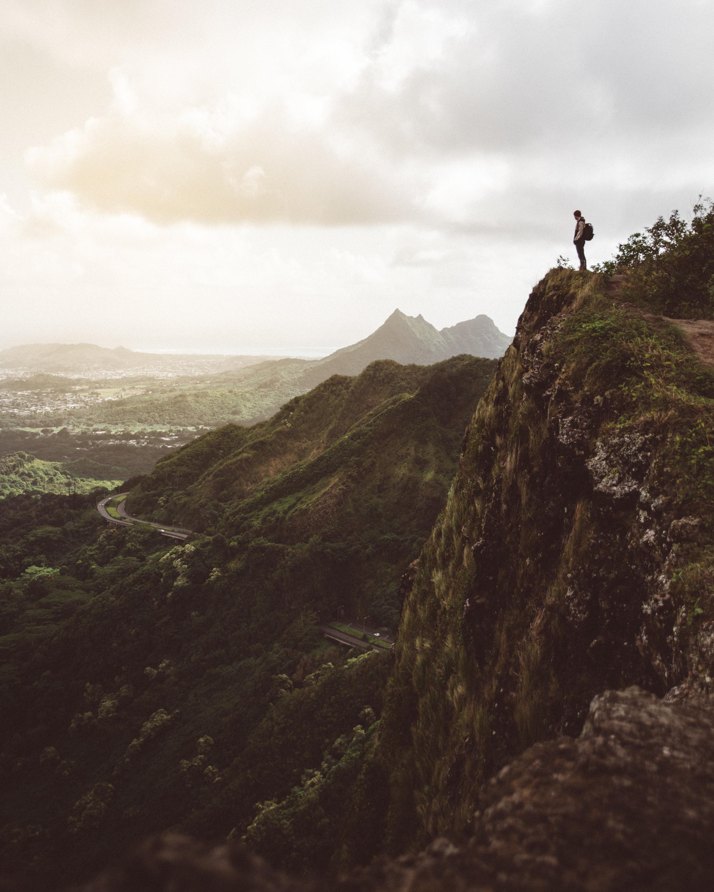 Oahu Hike Scenic Shelby