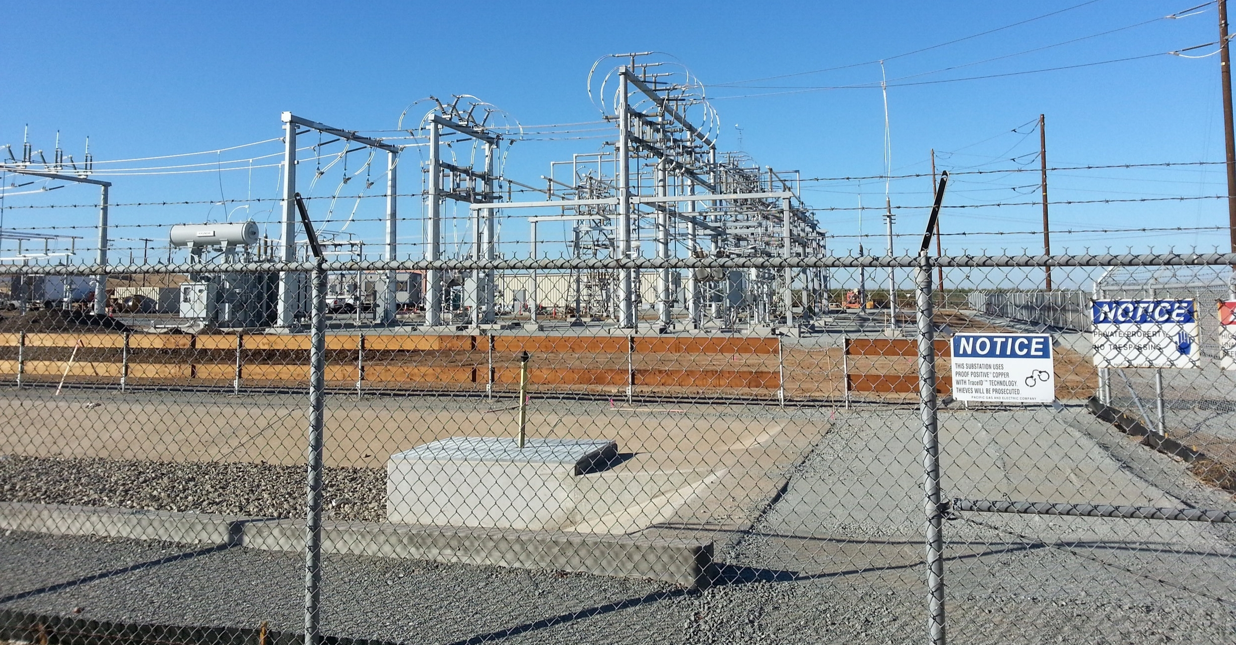SALADO SUBSTATION   In November 2013, Praxis worked with Clark Brothers and Dashiell to locate proposed improvements and upgrades to PG&E's Salado Substation modernization project. This expansion project included the installation of new equipment and the development of previously unused portions of the substation facility in Patterson, CA.  Control Survey  |  Construction Staking