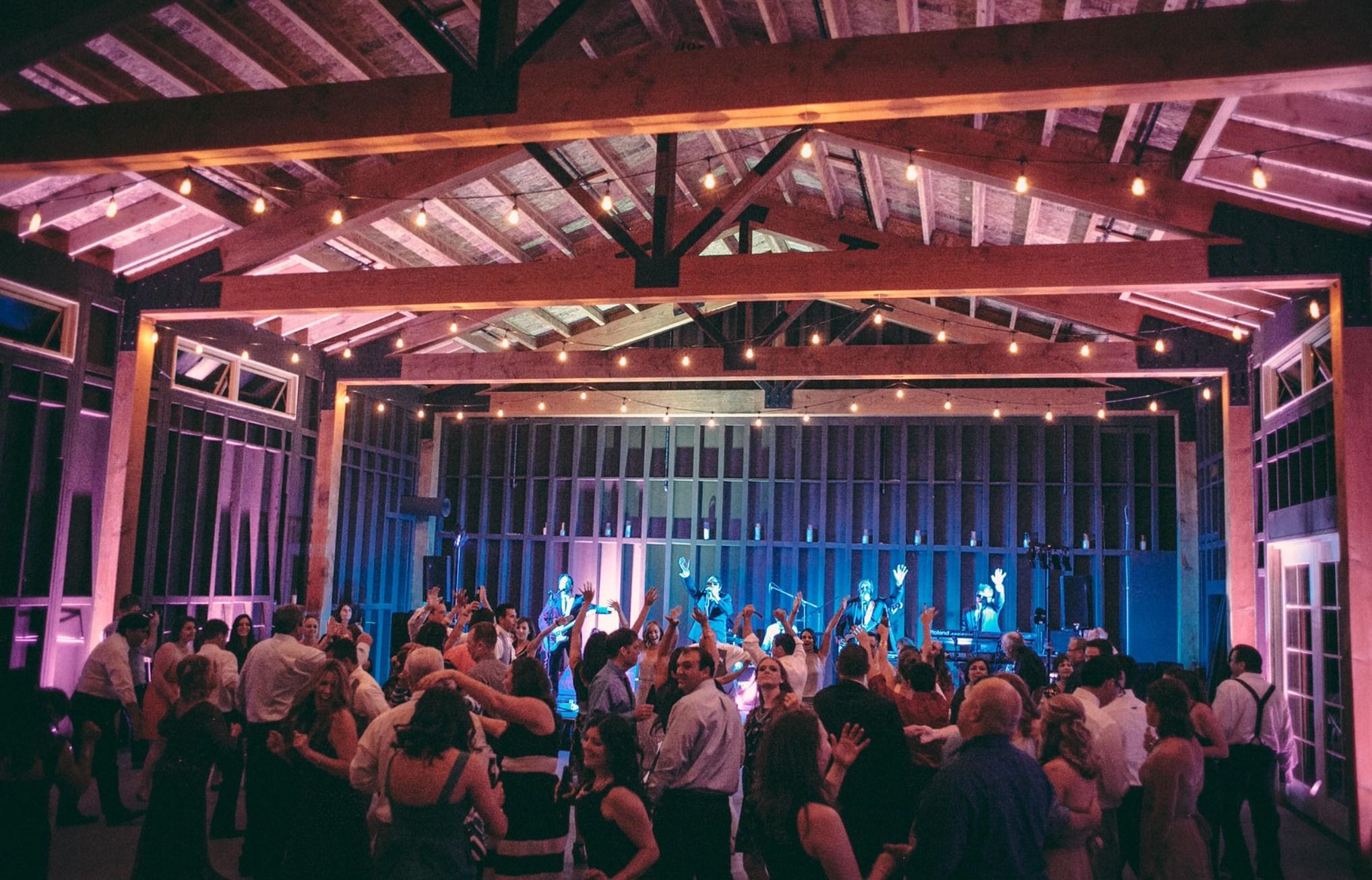 Pop-Rocks-at-wedding.jpg