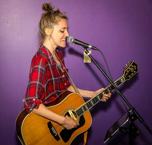 Hire Acoustic Artists for Events