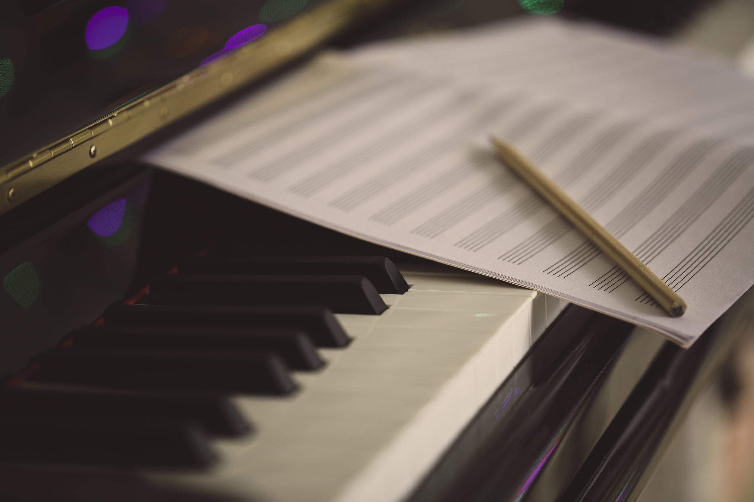 piano ja nuotti.jpg
