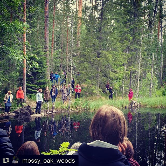 Thank you @mossy_oak_woods for your lovely post! 🍃🕊 ・・・ There is always so much to share!!!! Last night we went on a forest singing walk! I felt incredibly moved by it! We sang to our hearts, we sang to the trees and we sang to each other. In this photo we were throwing sounds to each other across the water! I feel there is something so powerful about singing in the forest. I would love people to come and sing in Mossy Oak Woods! The trees would love it! 💚💚💚 @sound_by_nature  #forestbathing #foresttherapy #shinrinyoku #natureconnection #naturetherapy #natureplay #natureheals #iftd2019 #singtothetrees #singingforest