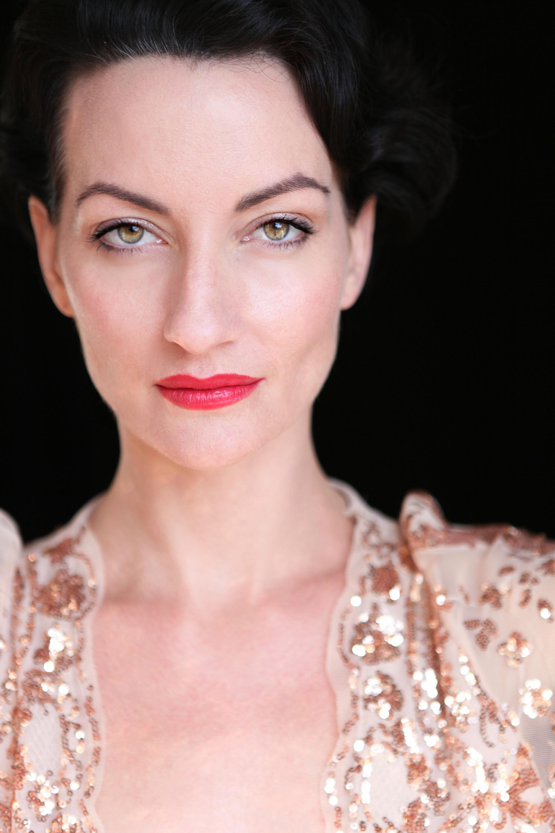 Alice Black Swan.jpg