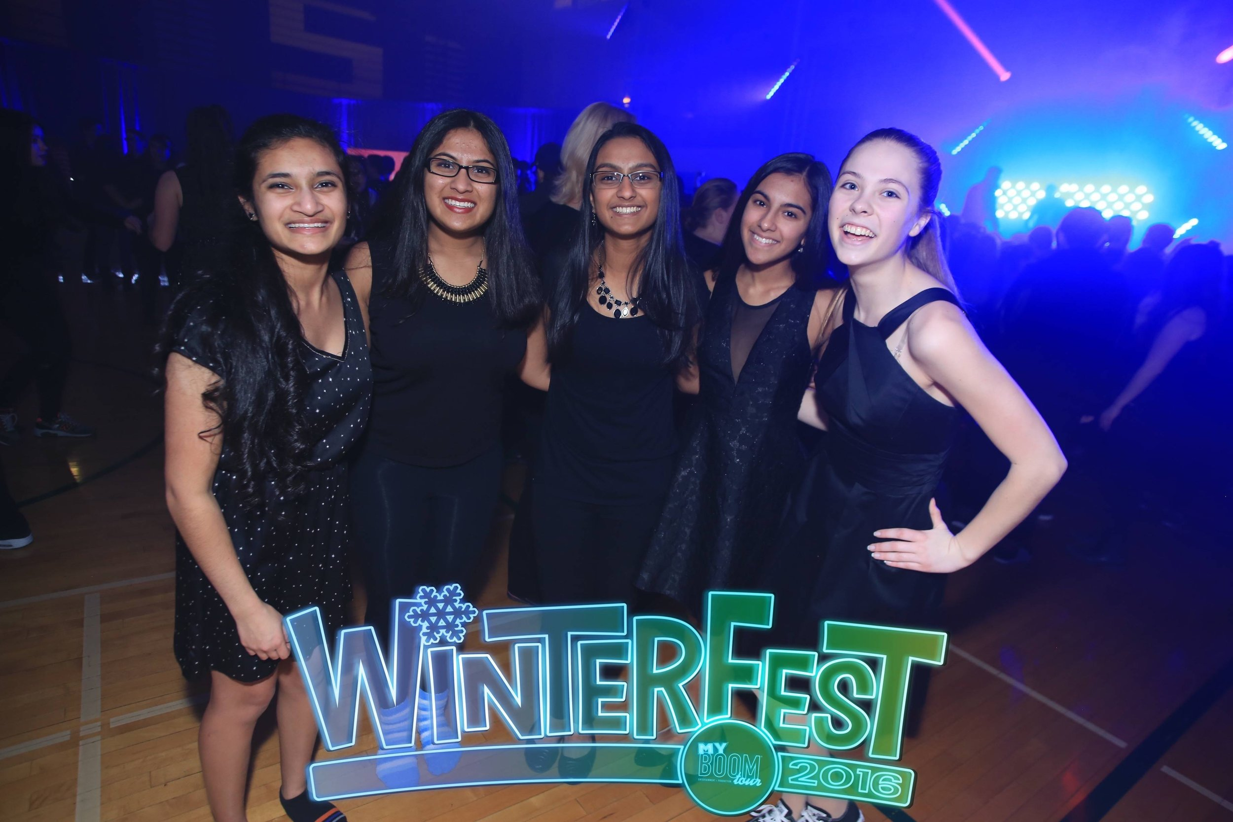 2016 Best of WinterFest - Dressy Apparel09.jpg