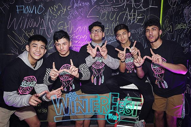 MUNDELEIN 🥶🚨🥶🚨 Your photos are now LIVE! Find them using the link in our bio! 🔥 Don't forget to tag us and use #WinterFest19 when posting! 💥 #UMPL #myBOOMtour #HighSchool #MusicFestival #ChangingHighSchoolDancesForever