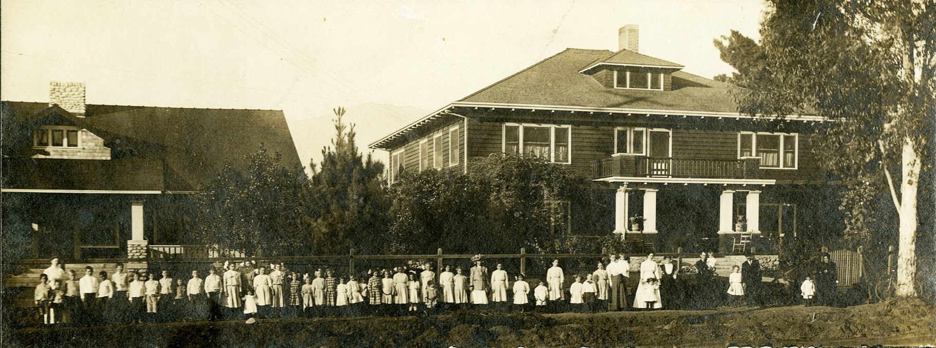Pasadena Childrens Training School, where Evelyn, Alice and Jesse Hunt were enrolled, about 1909. (Alice A. Thurman Collection)