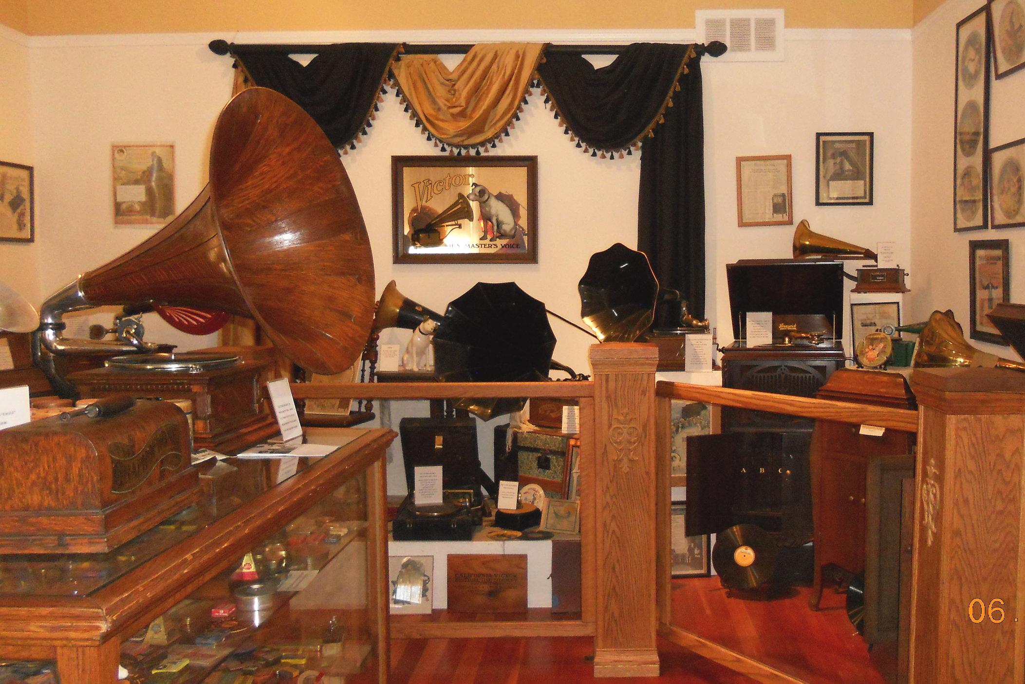 Gramophone+room.jpg