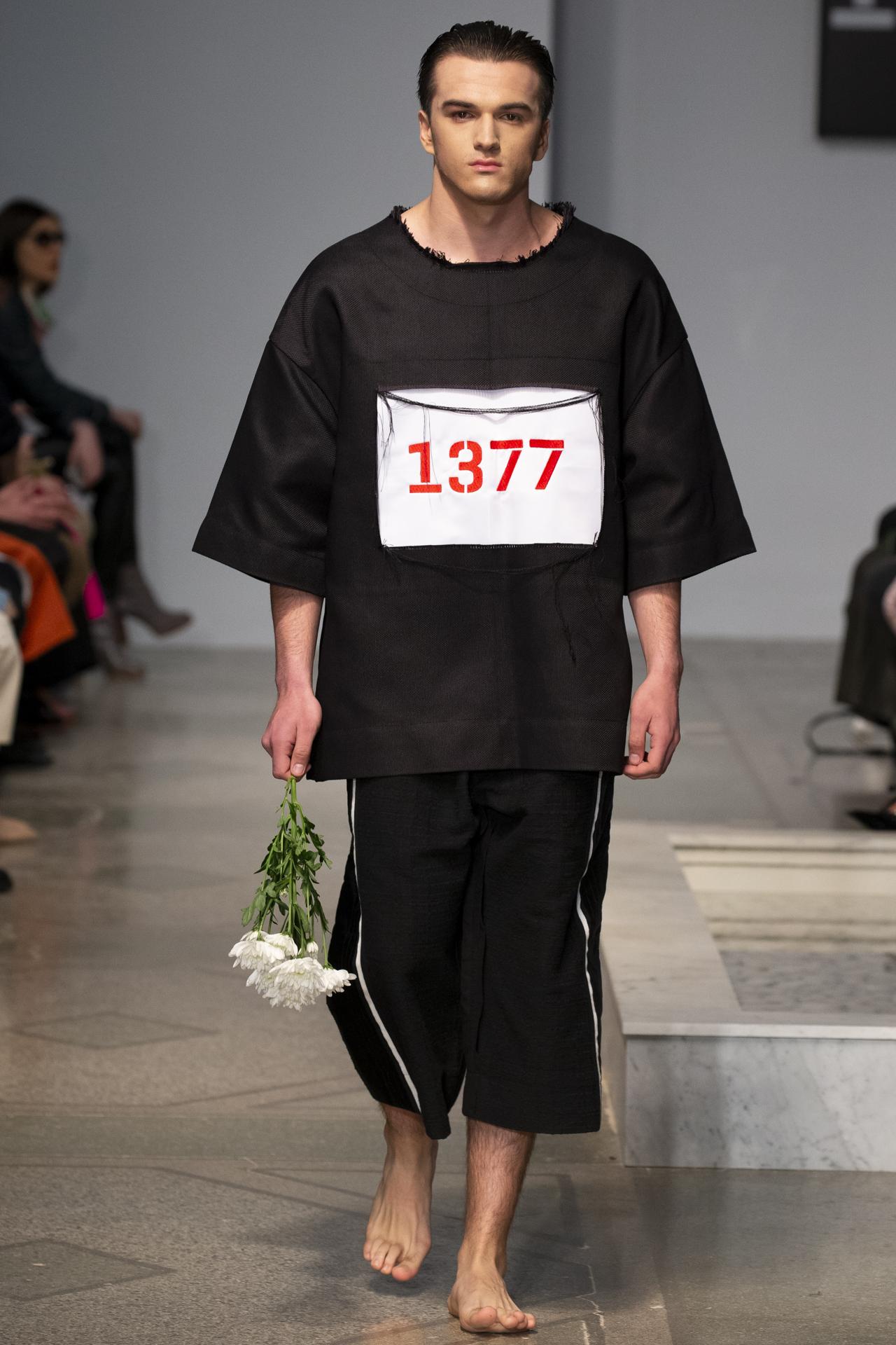 1377-Menswear_AW18_72dpi_009.jpg