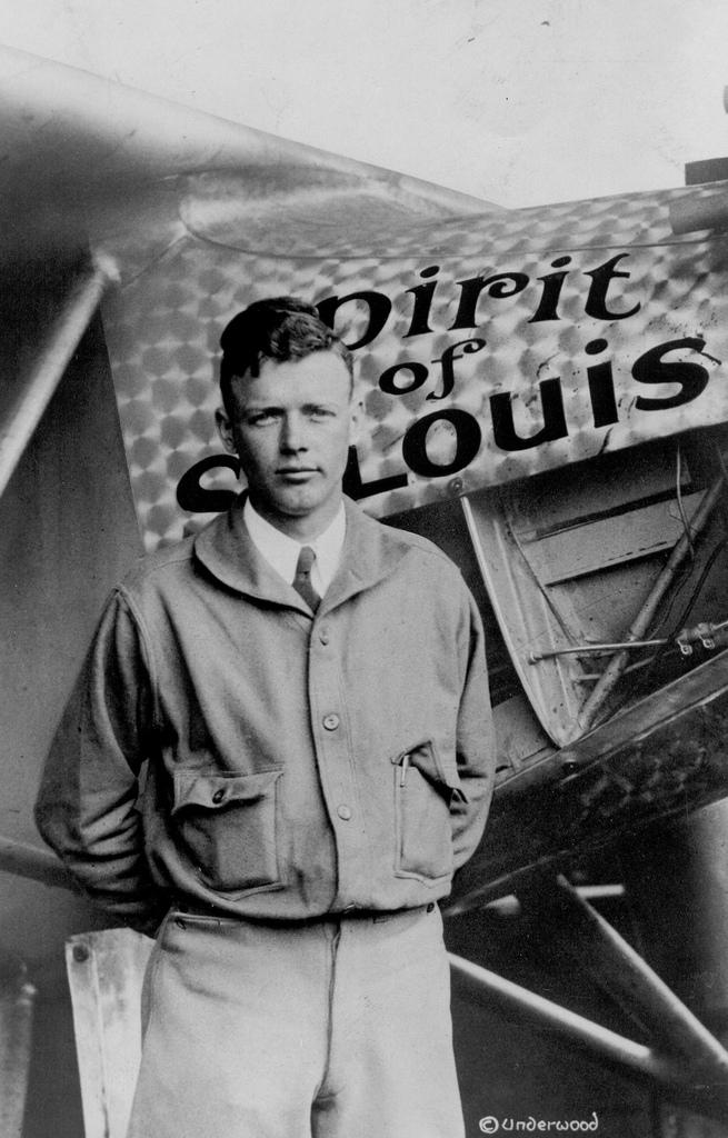lindbergh and plane.jpg