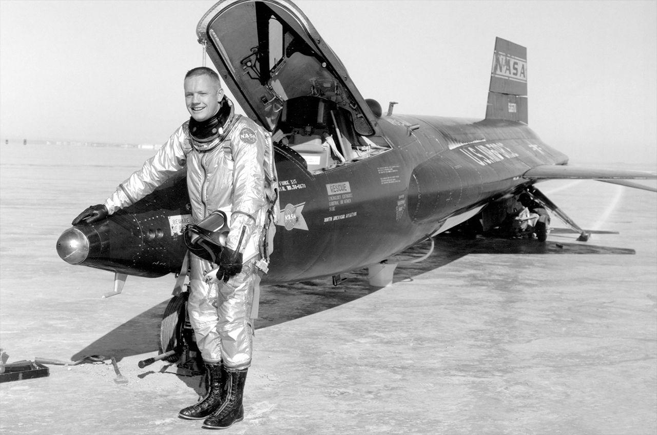 neil-armstrong-x-15-rocketplane.jpg