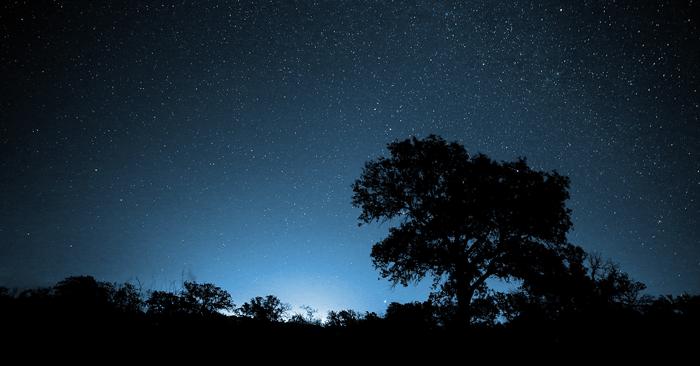 HC-night-sky-Ralph-Arvesen-700px-366px.png