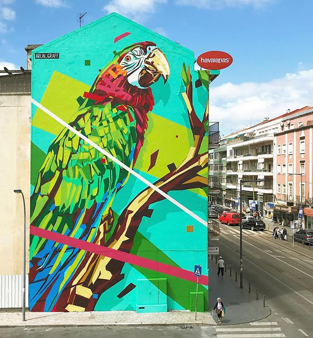 Finished mural in Lisbon 🇵🇹 It's a dream realized for me to be able to use my art and work in collaboration with  @institutoipe and @Havaianas on this project to bring the story of our incredible Brazilian biodiversity to the world.