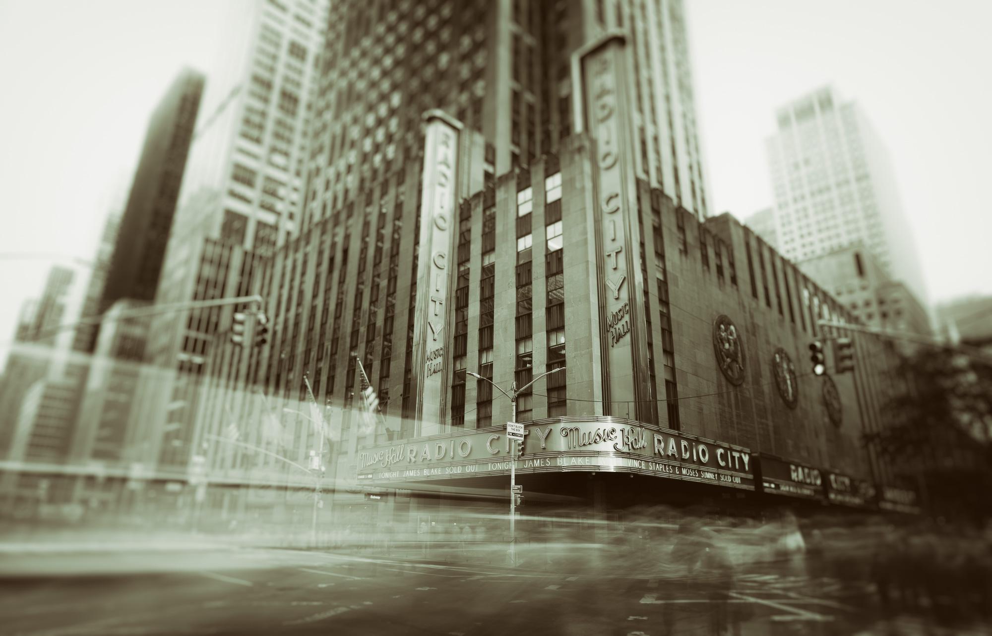 Radio City in monochromatic slow motion