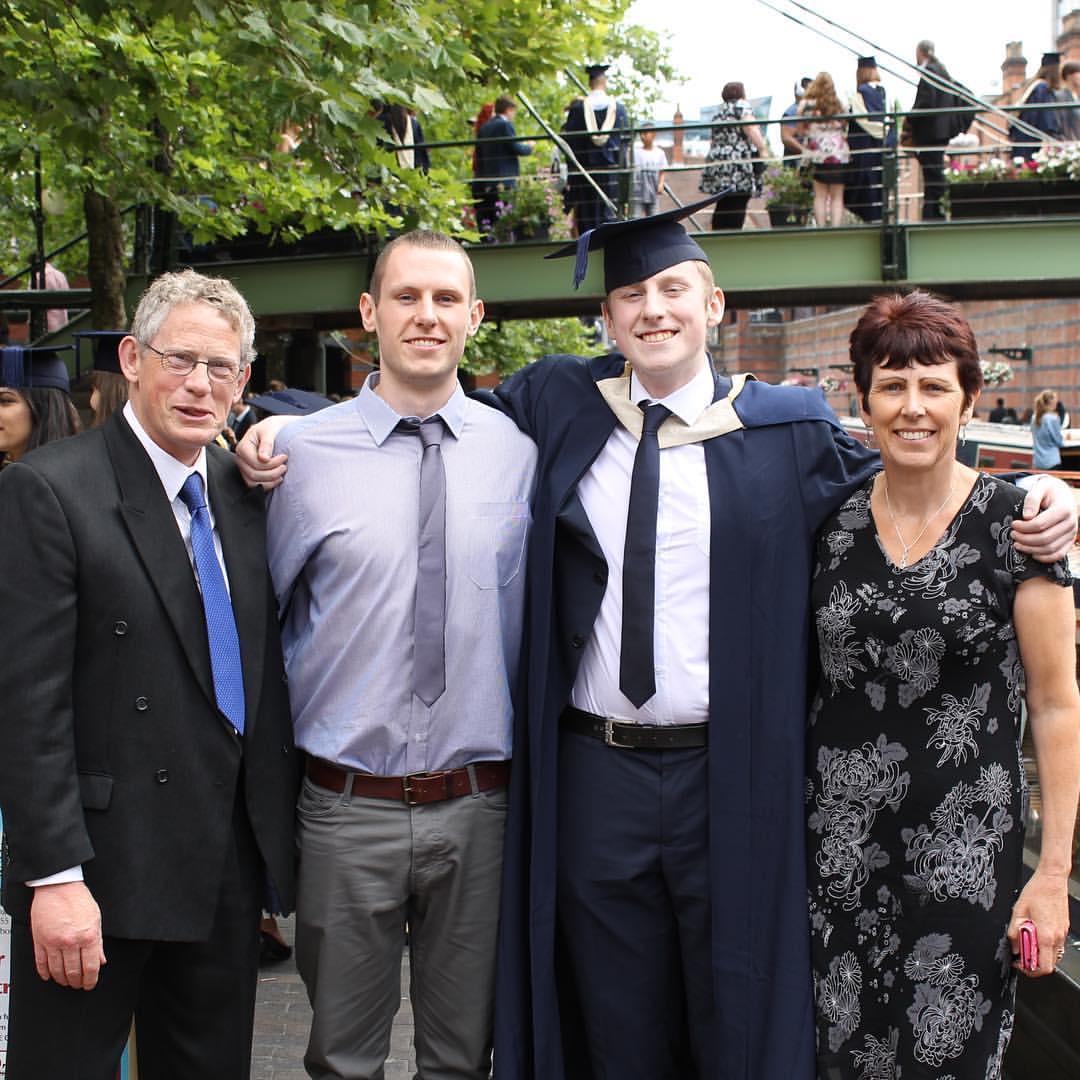 18-09-07 family.jpg