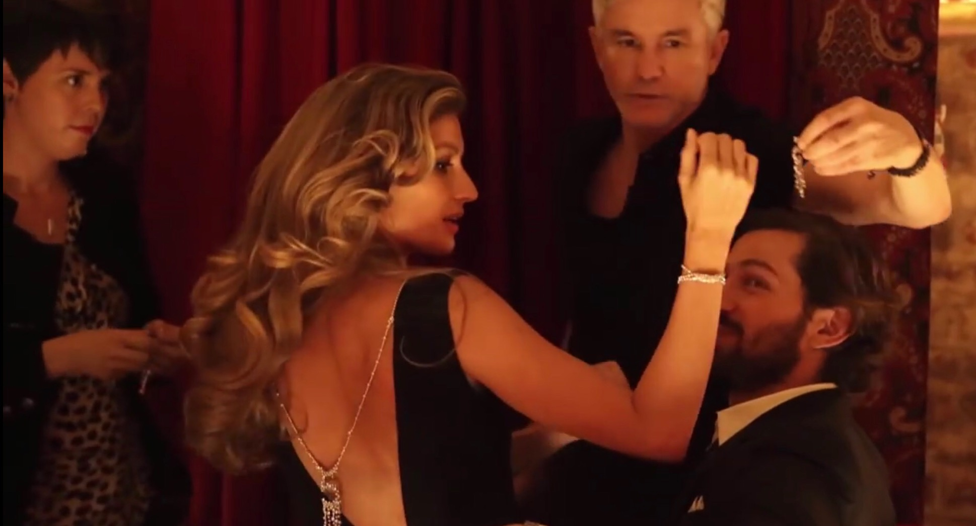 22 - Me on set with Gisele, Baz and Michiel for Chanel No 5.jpg
