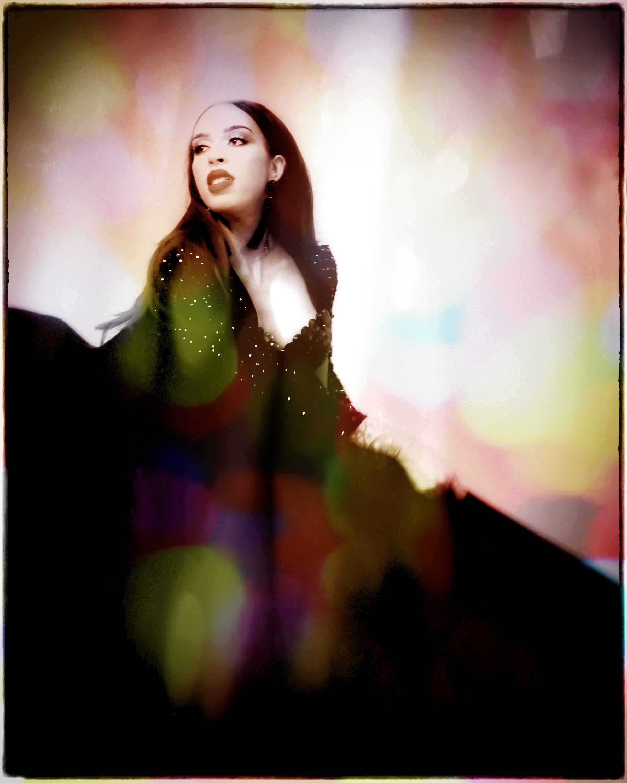 FX4-Darkened Vig 01+FXStudio-ColorSunlightSpots.jpeg