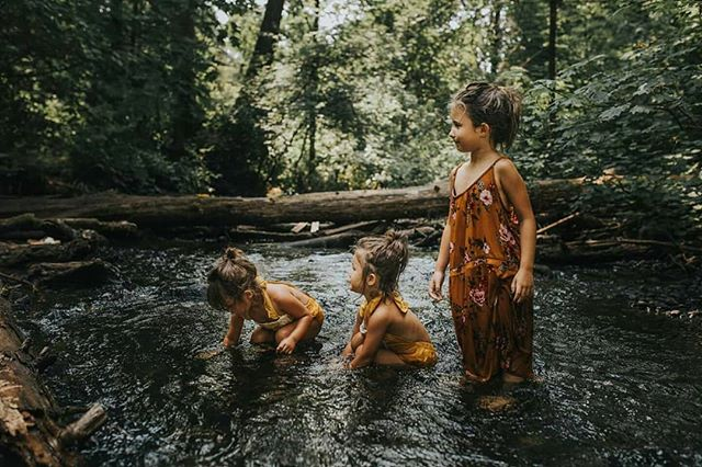 Giant shoutout and thank you to @jocelynmariephotos for this INCREDIBLE SHOOT of myself and my little tribe 😍😭😍😭😍😭😍