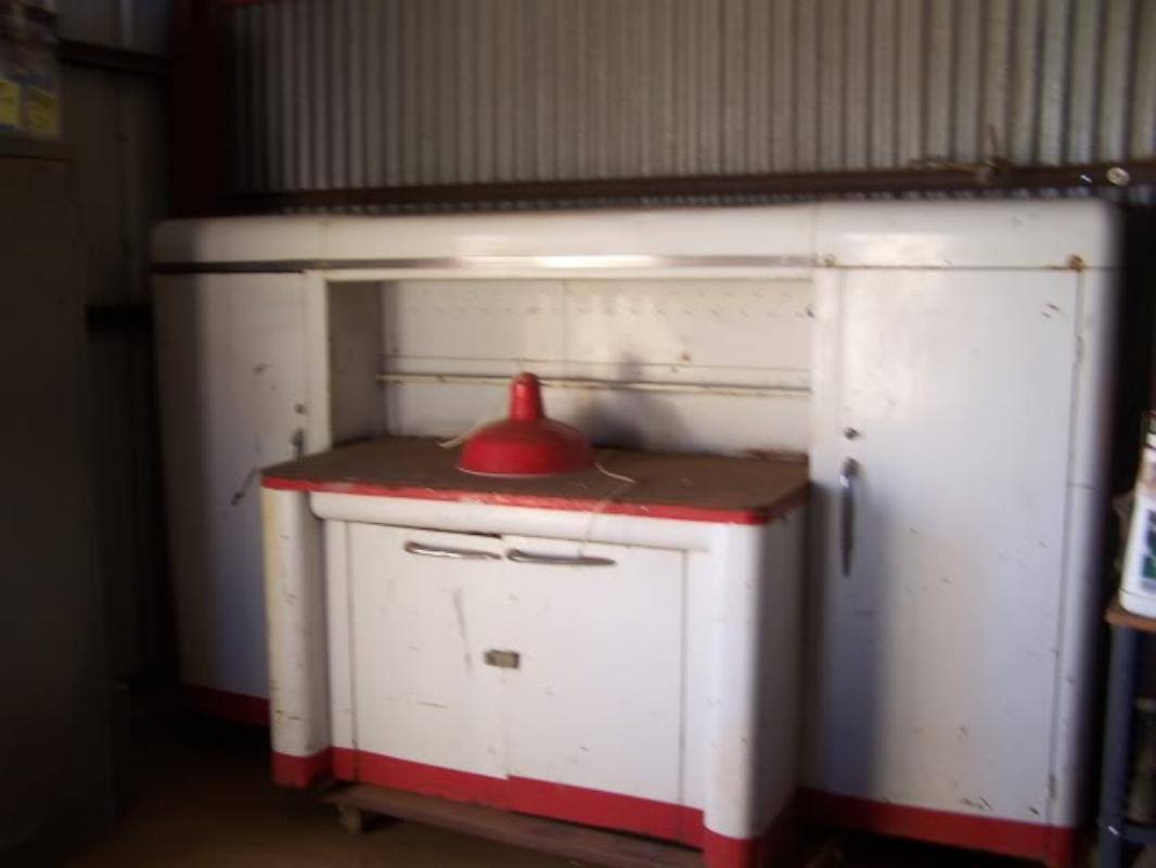 Shure Manufacting Work Station
