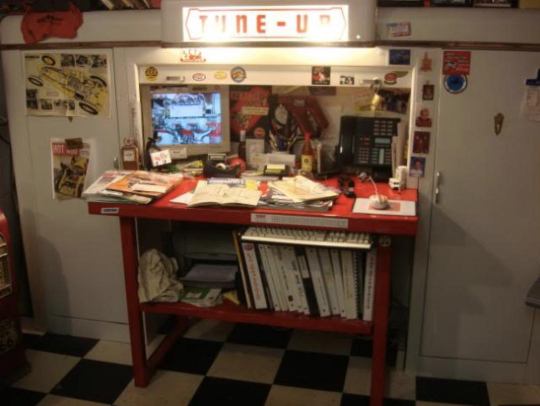 Kent-Moore Workbench