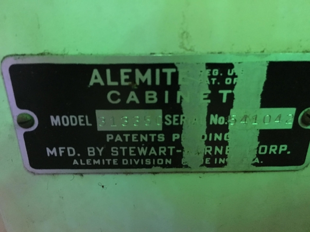 Alemite_Narrow_Id_plate.jpg