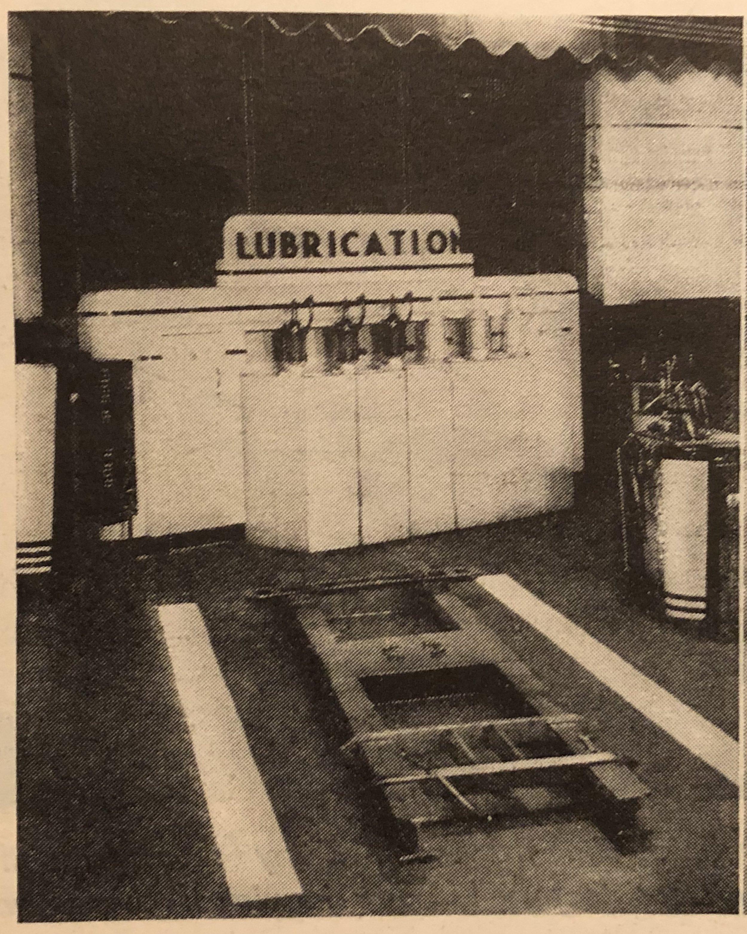 Alemite_Lubrication_cabinet.jpg