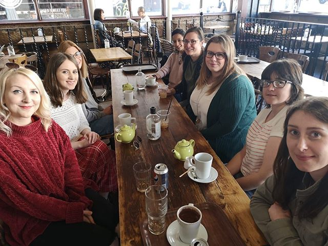 Our Newcastle Girls met for coffee today at Blakes! ☕️ ⠀ ⠀ If you're a Newcastle Girl looking for friends, housemates, travel companions and business connections in the city – go along to their next coffee event on Sunday 23rd June! You can also join them online on Facebook and on the new IG they've just set up - @newcastlegirlnet 😍⠀ ⠀ #NewcastleGirl #Newcastle #Citygirlnetwork #meetup #empowerinspiresupport #newfriends #womensupportingwomen