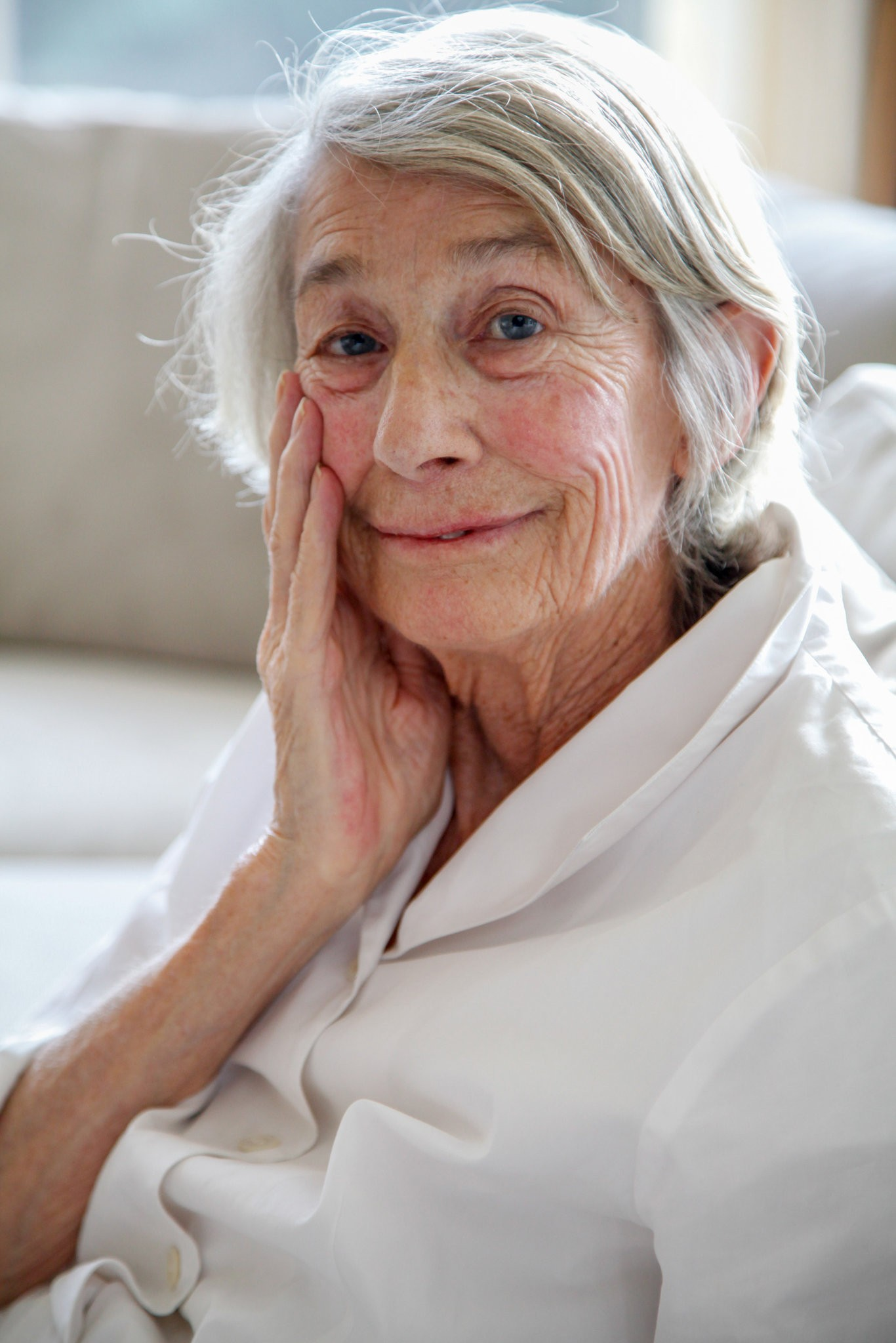 Mary Oliver by Angel Valentin for The New York Times