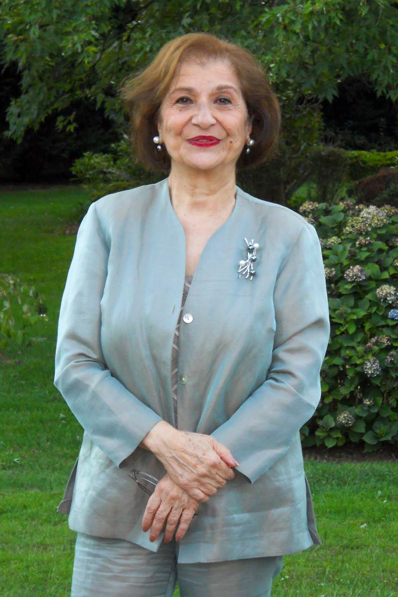 Mrs. Vicky Khalili